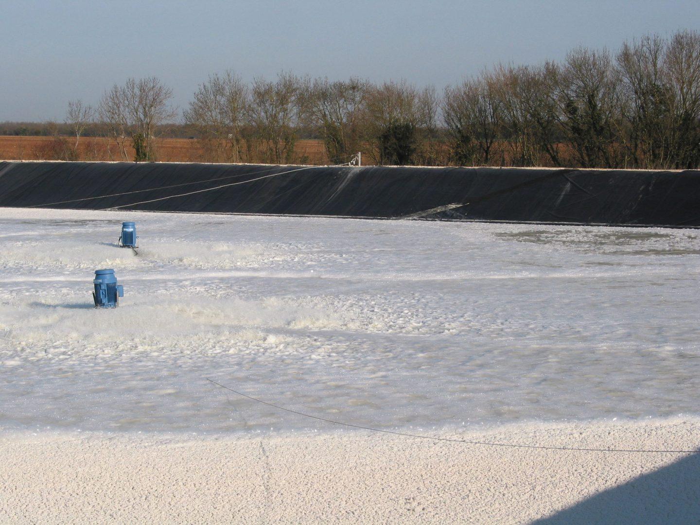 Aérateur rapide de surface fixe ou flottant